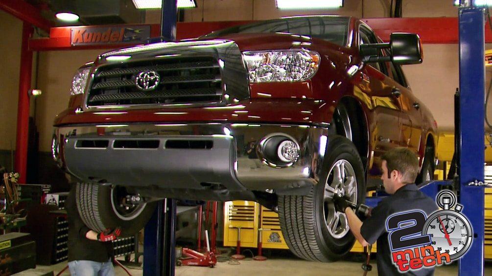 "Lift A Toyota Tundra With A 6"" Skyjacker Kit Part 1"