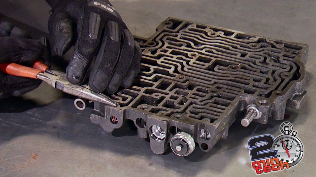 Rebuild A 700R4 Automatic Transmission Part 3
