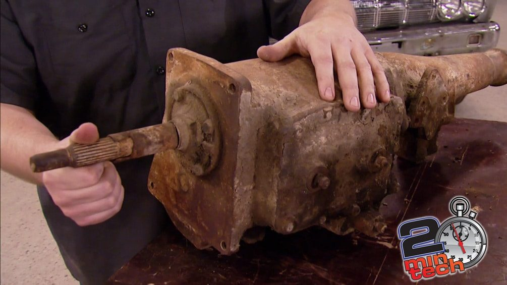 Two Minute Tech : Rebuild A Muncie 4-Speed Transmission Part 1