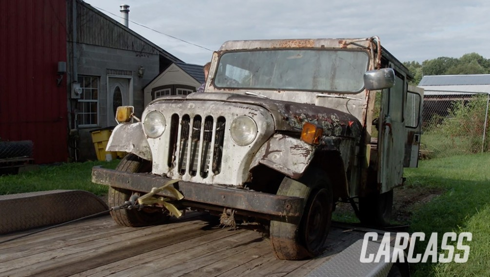 Junkyard Postal Jeep Delivers With 1 Ton Axles and 4WD