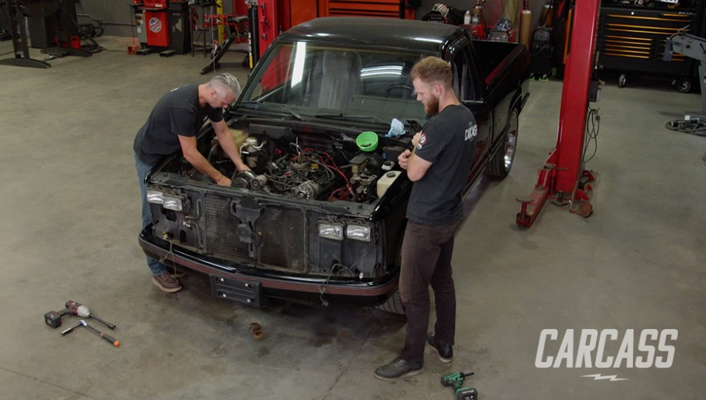 Tearing Down a 1989 OBS Chevy C1500