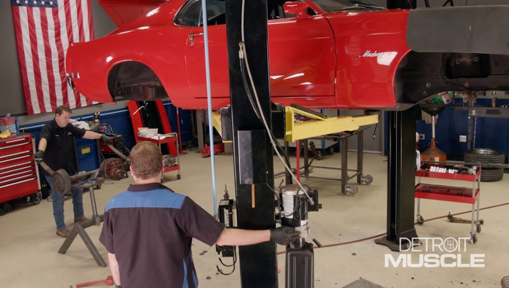 Converting The '70 RestoMod Mustang Suspension From Leaf Spring To Coilover