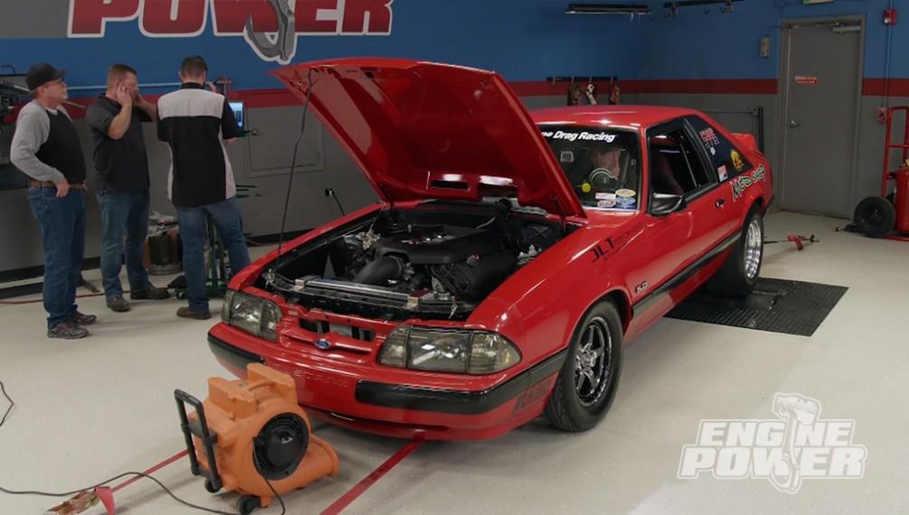 El LX con motor Coyote busca la máxima potencia para la pista de carreras