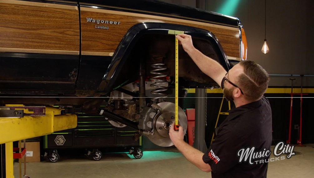 Upgrading The '86 Wagoneer Suspension to Handle 785 Horsepower