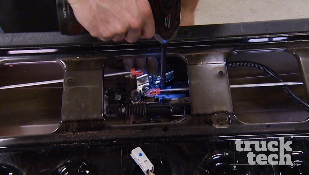 Testing The Hemi Half Ton's Pulling Power