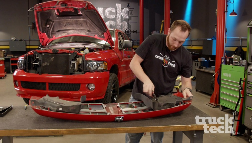 Ram SRT-10 and F150 Exterior Extras:  Muscle Trux Build-Off: Button Up