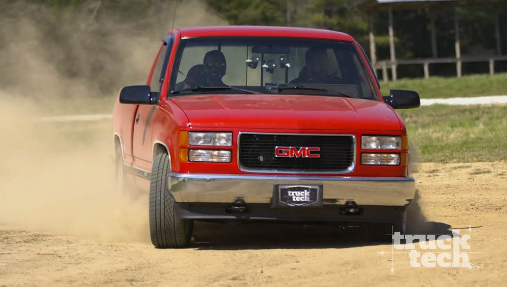 Lowered '88 K1500 Sierra Turns Into a Lowered LS-Powered Beast