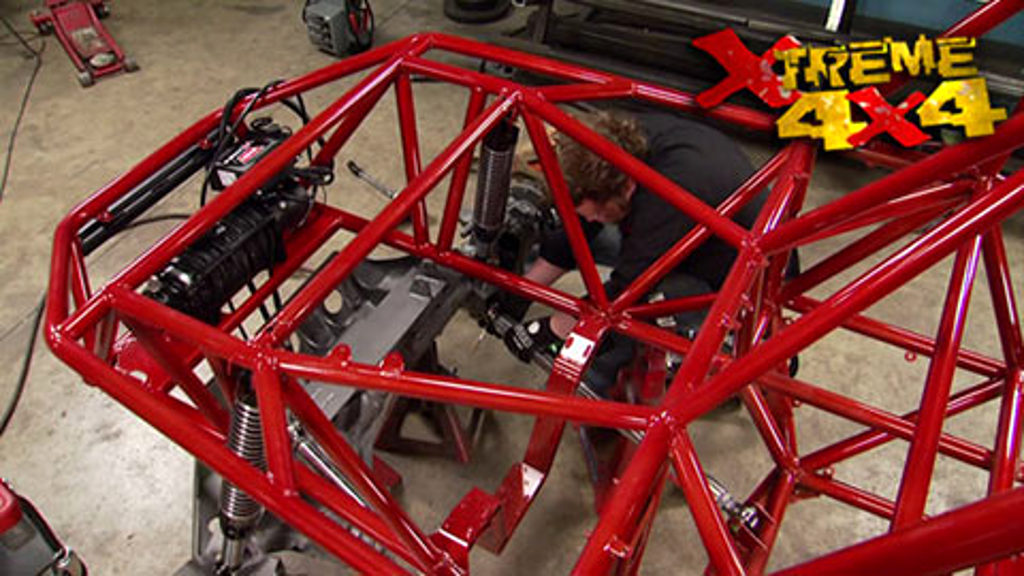 2-Car Garage Crawler Part 6 / Driveway Rescue Project 3