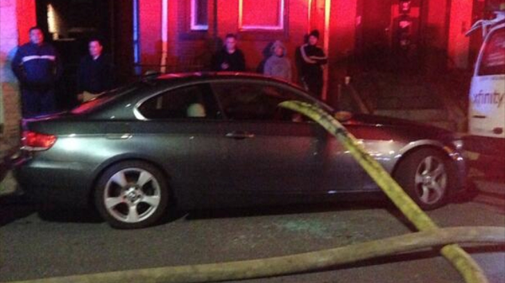 this-is-why-you-dont-park-next-to-a-fire-hydrant-79812-7