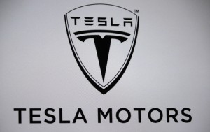Tesla Owners Are Mistakenly Butt-Dialing Thousands Of Dollars In Upgrades Then Having To Fight For A Refund