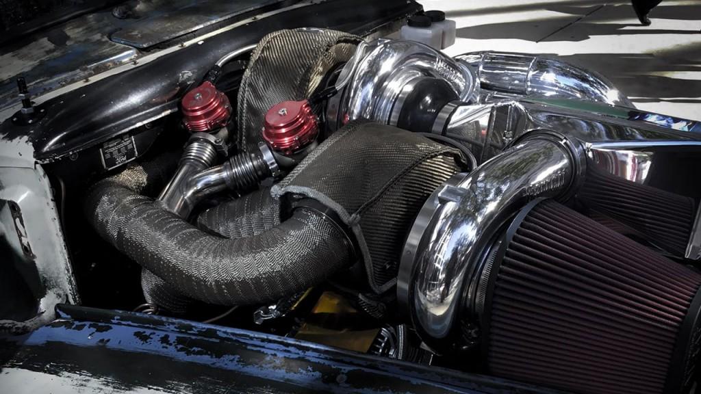 F1(8)