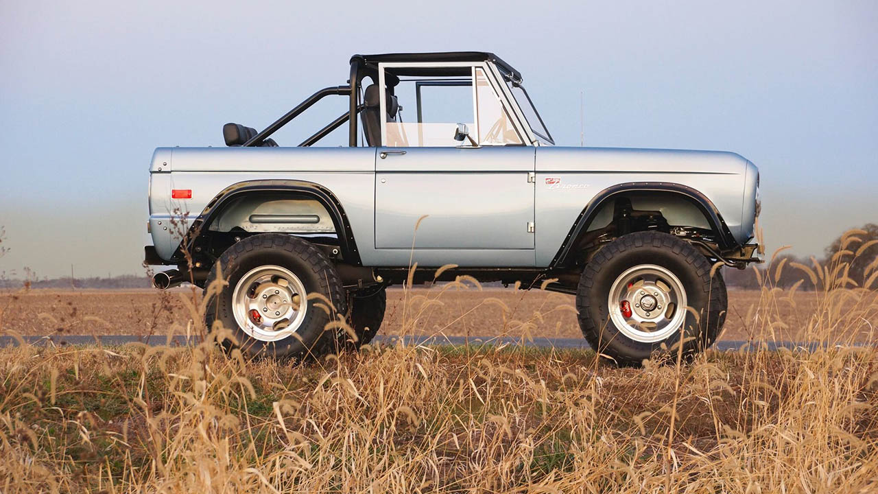 Ford-Licensed First-Generation Ford Broncos Now Available ...