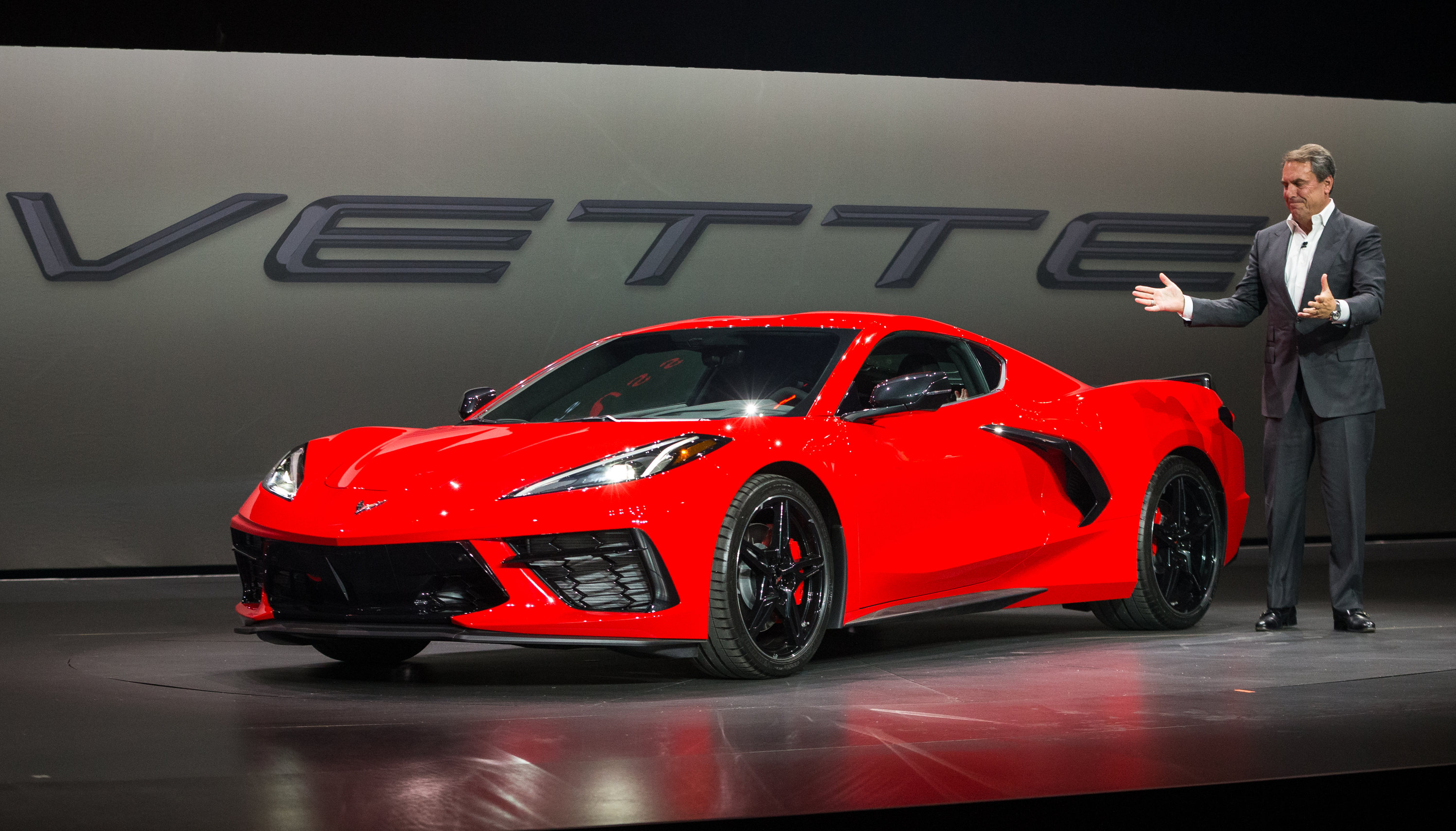 The 2020 Mid Engine Corvette Is Revealed With 495 Horsepower