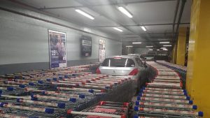 Man Parks In Shopping Cart Aisle So Store Employees Get Revenge
