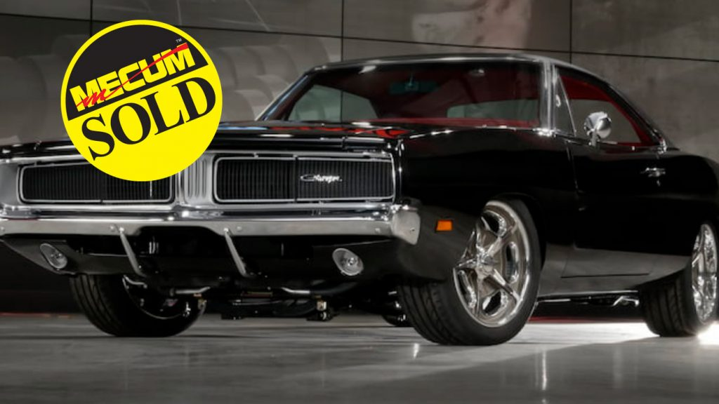 Hard Charger Sold for $200,000 at Mecum