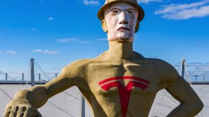In Hopes Of Being Home To A Tesla Factory, Tulsa Dresses Up Massive Statue To Look Like Elon Musk