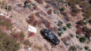 Mustang GT Rescued By Wrecker After Flying Off Mountain